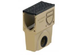 Render del sumidero completo para el canal MONOBLOCK PD150V L500 H575 de hormigón polímero con reja pasarela de fundicón D400, sistema de fijación Drainlock, preformas laterales rompibles L-T-X y junta labiolaberíntica DN/OD 160, con cestillo.
