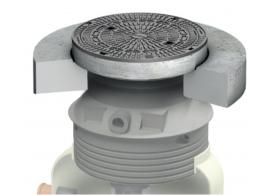 Render da tampa ajustável para separador de hidrocarbonetos. Inclui 1 tampa em fundição Ø600 D400 com pintura bituminosa preta e realce em polipropileno de alta densidade (HDPE) cinza de Ø836 H675 com placa de distribução.