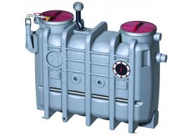 Render del separador de grasas aéreo LIPUJET-P-OD de polietileno de alta densidad (HDPE), ovalado, extensión con tubo de succión (D).