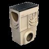 Render del sumidero completo para el canal S 200 L500 H700 de hormigón polímero, con reja pasarela en fundición F900, sistema de fijación tornillos, preformas laterales rompibles L-T-X y junta labiolaberíntica DN/OD 200, con cestillo.