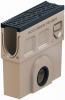 Render do sumidouro completo para o canal MONOBLOCK PD100V L500 H500 em betão polímerico com grelha passarela em fundição D400, sistema de fixação Drainlock e pré-formas laterais quebráveis L-T-X e junta labiolaberíntica DN/OD 160, com cesto.