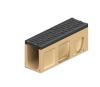 Render do canal de inspecção MONOBLOCK PD100V em betão polímerico com grelha passarela em fundição D400, sistema de fixação Drainlock e pré-formas laterais quebráveis L-T-X