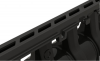 Render detalle de la reja Q-Flow en composite plástico negro F900 del canal QMAX
